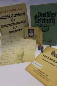 """Das IfZ-Archiv zeigte Unterlagen aus seinen Beständen zum Thema Kindheit und Jugend im """"Dritten Reich"""". Foto: IfZ-Archiv/Alexander Markus Klotz. Alle Rechte vorbehalten."""