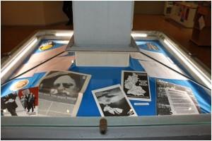 Das IfZ zeigt in seinem Foyer zahlreiche Archivmaterialien von und über Franz Josef Strauß. Foto: IfZ-Archiv. Alle Rechte vorbehalten.